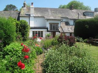 THWHO Cottage in Frome St Quin, Cattistock