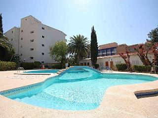 Poolside Apartment in Palma Nova, Palmanova