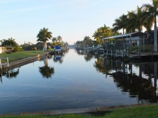 Gulf Access, Heated Pool, Recently Updated, Cape Coral