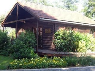 La Coterie Lodges - Wild Boar Lodge, Gueret