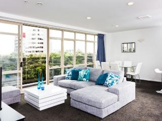 3 bedroom, 2 bathroom apartment in central Auckland CBD., Albany