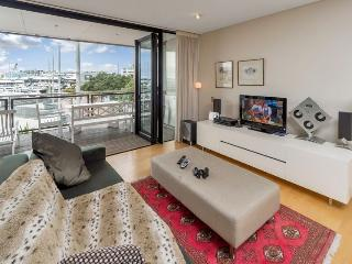Luxury One Bedroom Waterfront Serviced Apartment at The Point, Viaduct Harbour, Auckland, Auckland Central