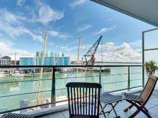 Spacious West Facing One Bedroom Waterfront on Princes Wharf, Auckland, Auckland Central
