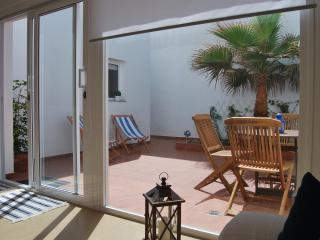 APARTMENT WITH TERRACE  CLOSE TO THE BEACH, Telde