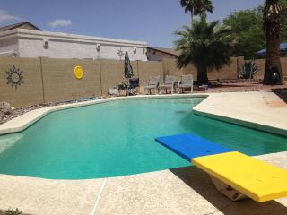 Beautiful Southwest style home with Pool!, Phoenix
