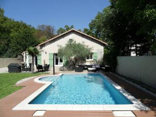 Typical Provencal villa fully refurnished, Sorgues