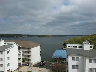 Newly purchased  Compass Pointe 3/br Main Channel, Osage Beach