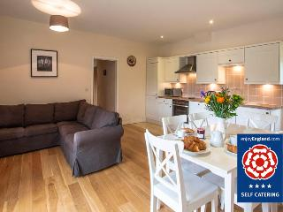 Sheep Shed Cottage - Just 2 miles to Bath, Bathampton
