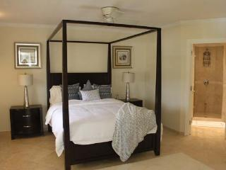 Sapphire Beach 313 at Dover Beach, Barbados - Beachfront, Gated Community, Pool, Christ Church Parish