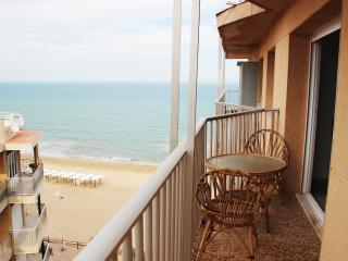 Beautiful apartment at the first beach line, Guardamar del Segura