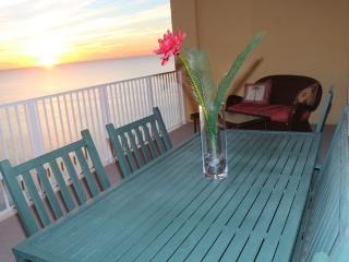 Luxurious Gulf Front Master-Magnificent Views!, Panama City Beach
