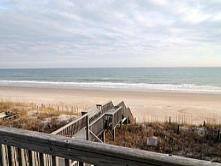 3952 Island Drive, North Topsail Beach