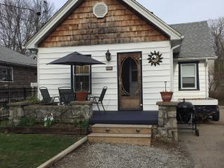 2 Bedroom cottage at crystal beach ontario, Crystal Beach