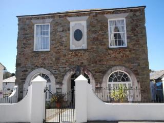 TCOUR House in Bude, Stratton