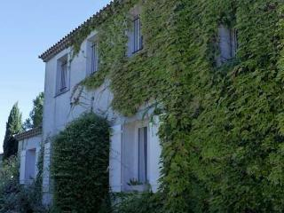 Villa in Margon for family holidays in France