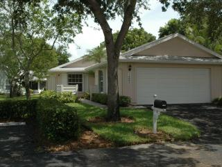 vacation bungalow in gated community, Fort Myers