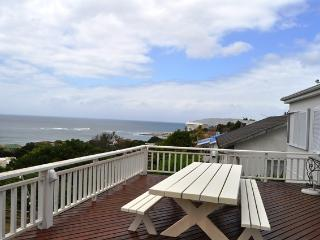 What a super location! Close to town and Lookout Beach, Plettenberg Bay