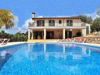 020 Finca in a beautiful location with trees, Sineu