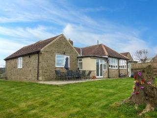BARFORTH HALL LODGE, pet-friendly cottage with WiFi, hot tub, single-storey spacious accommodation, Barnard Castle Ref 919938, Winston