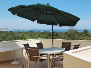 1 Bed Apartment Walking Distance From The Beach, Carvoeiro