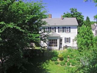 49 Davis Lane Edgartown, MA, 02539