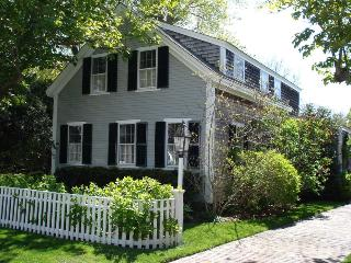 63 School Street Edgartown, MA, 02539