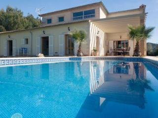 036 Villa with high quality, excellent finishings., Sa Pobla