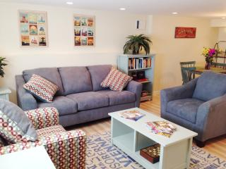 New Listing!  One Bed Apt in Vibrant Greenwood!, Seattle