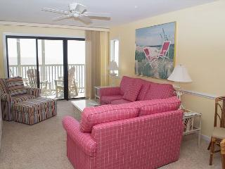 Beautifully Decorated 2BR Oceanfront Condo!, Pine Knoll Shores