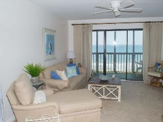 2BR, 2BA Oceanfront Condo with Wonderful Amenities!, Pine Knoll Shores