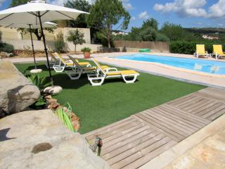 Apart. 3 rooms near Albufeira WiFi,pool privada!!, Loule