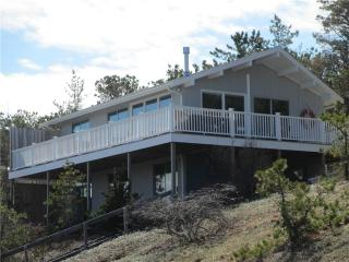Waterfront with Lovely Views, Wellfleet