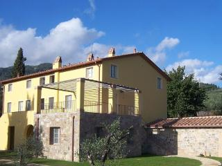 New Luxury Apartment in Tuscany, Near Lucca, Capannori