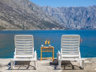 Apartments Daria - One-bedroom apartment with Balcony and Sea View 1, Perast