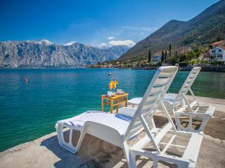 Apartments Daria - One-bedroom apartment with Balcony and Sea View 2, Perast