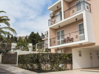 Guest house 4M - Studio with Terrace (2 Adults), Petrovac