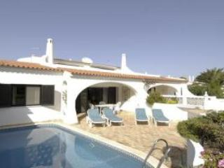 3 Bed 2 Bath Villa with pool and terrace in Vale do Lobo, Águeda