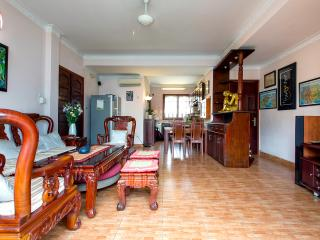 Charming flat in very center of downtown HCMC, Ho Chi Minh City