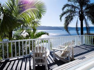 BARRENJOEY VILLA - Contemporary Hotels, Palm Beach