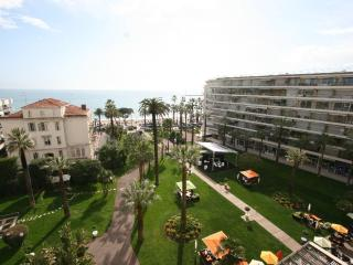 Cannes Croisette 2 bedroom 80m² 4 PAX panoramic pa