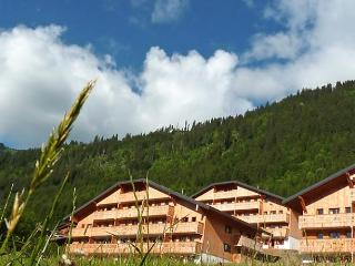 Le Grand Lodge, Chatel