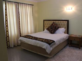 1 room ensuite with shared kitchen, Nairobi