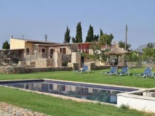 056 Exclusive stone villa with great views, Llubi
