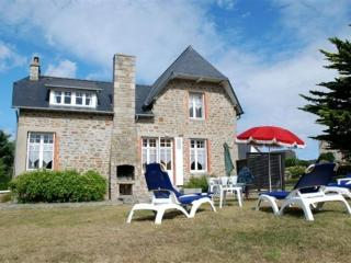 Your holiday house in France by the sea, Lancieux