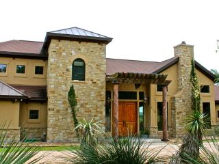 Stunning Tuscan Inspired Home with Distance Views, Wimberley