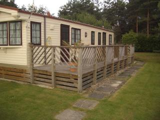 Beautiful 3 Bedroom Caravan Holiday home for let, Hampshire