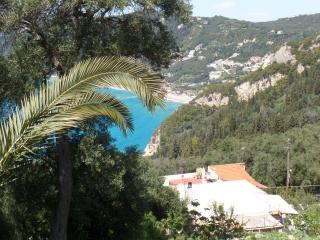 mountainside, quiet, sea view for 4 to 6 guests, Agios Gordios