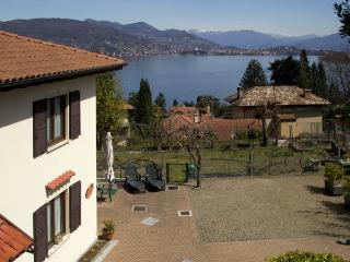 The Cottage on the Lake, Baveno