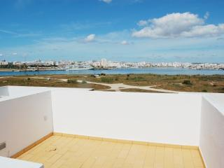 3 Bed House With Pool, Ferragudo
