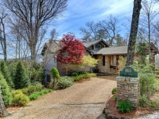 1611 Big Bearpen Road, Highlands